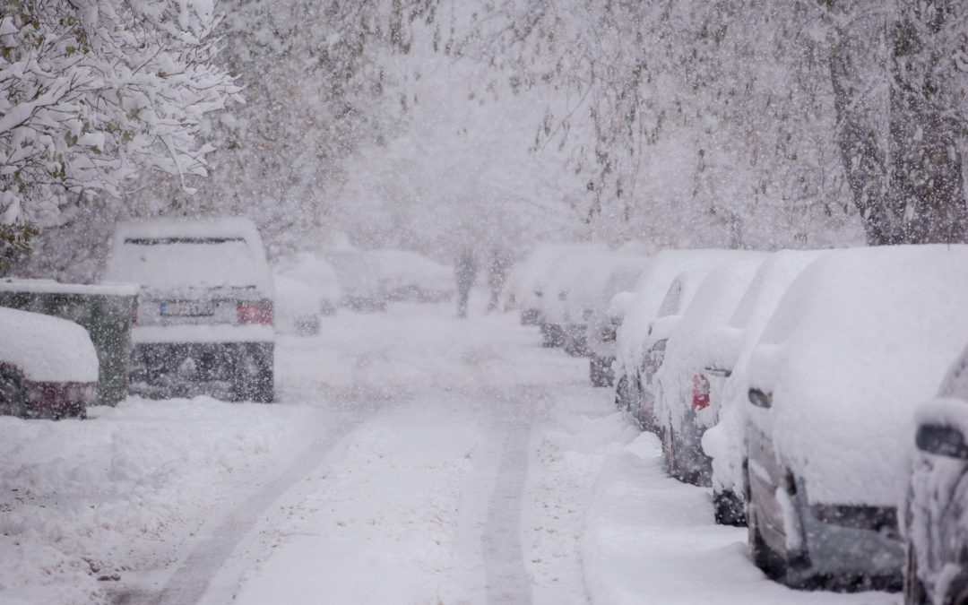 Snow storm blankets country